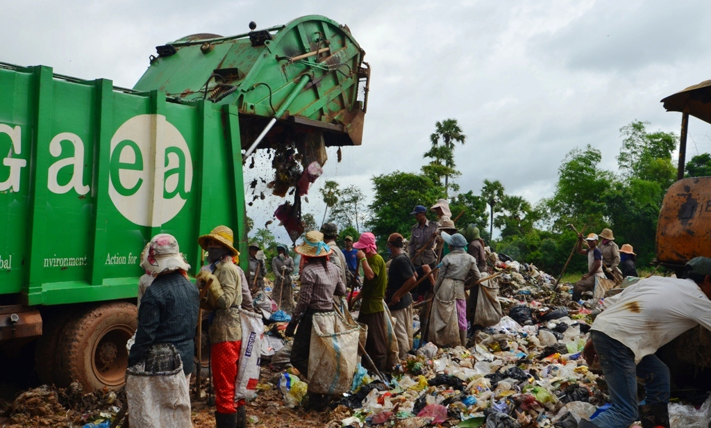 ISWA, dumpsites, wasteless future, human rights, poverty, recyclers