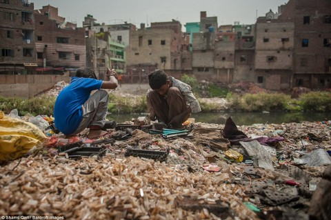 E-waste: stop child labor, start global Extended Producer Responsibility!